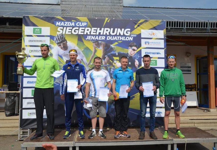Christian Altstadt und Linda Achtel gewinnen den 29. Jenaer Duathlon und Mazda-Wanderpokal