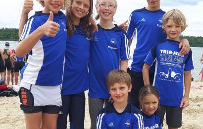 Jenaer Podeststurm beim 2. Störmthaler Triathlon südlich von Leipzig