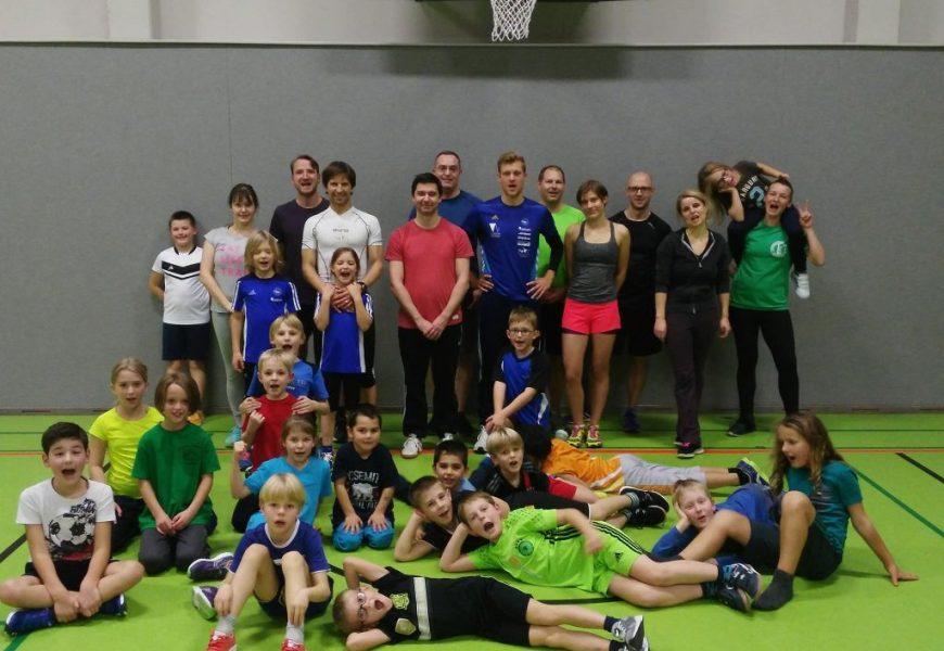 Triathlon-Rookies der Schule am Rautal treffen auf WM-Teilnehmer und IRONMAN-Athleten